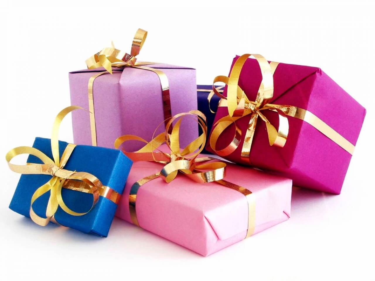 Заказать подарочные коробки в Минске – компания Бумтара